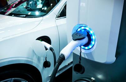 Fundo Ambiental vai financiar postos de carregamento eléctrico nas universidades