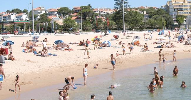 Este ano, o Projecto Praia Acessível já levou ao mar mais de duas centenas de pessoas