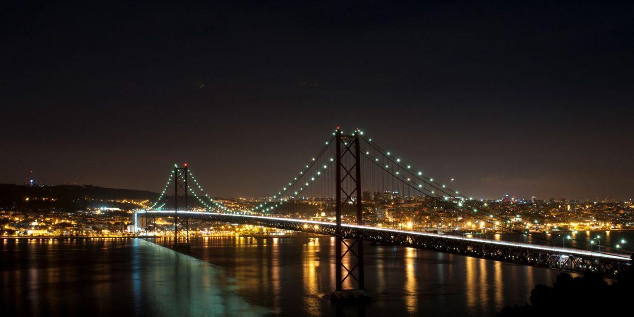 Maior eficiência e qualidade de iluminação na emblemática ponte 25 de abril