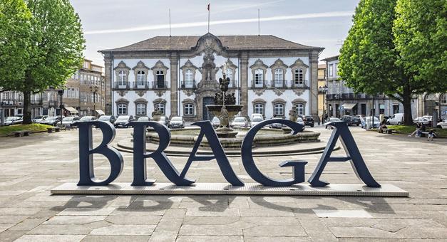 Estacionamento em Braga passa a ser gerido pela empresa municipal de transportes