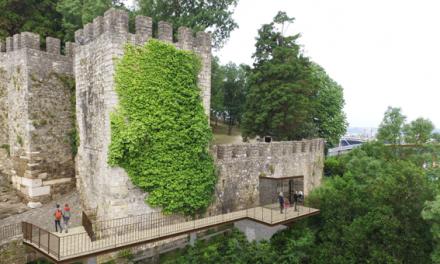 """Acessos mecânicos ao Castelo de Leiria: obra """"complexa"""" já arrancou e deverá promover mobilidade suave"""