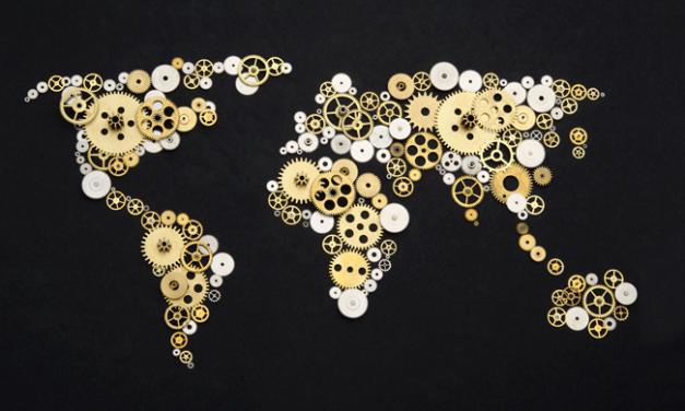 Bloomberg anuncia iniciativa de 36 milhões para ajudar regiões pobres no combate à pandemia