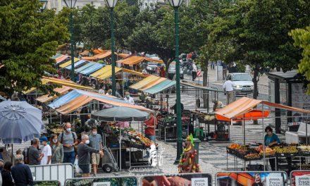 """Caldas da Rainha põe em prática o conceito """"smart city"""" na centenária Praça da Fruta"""