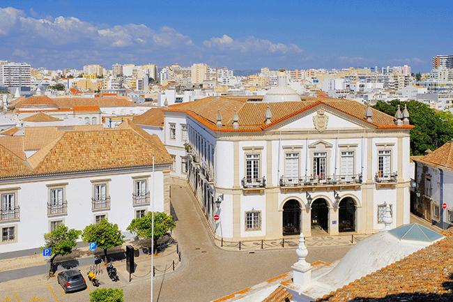 Faro e Óbidos vão ter 20 mil euros cada para criar uma living street