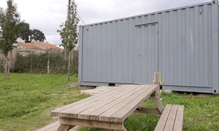 Maia: novo abrigo na horta comunitária de Fundo de Vila