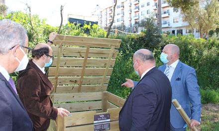 SMAS de Sintra entregam compostores comunitários em hortas solidárias