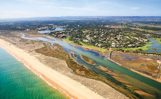 Abolição de plástico a 100% em resorts: realidade ou utopia?